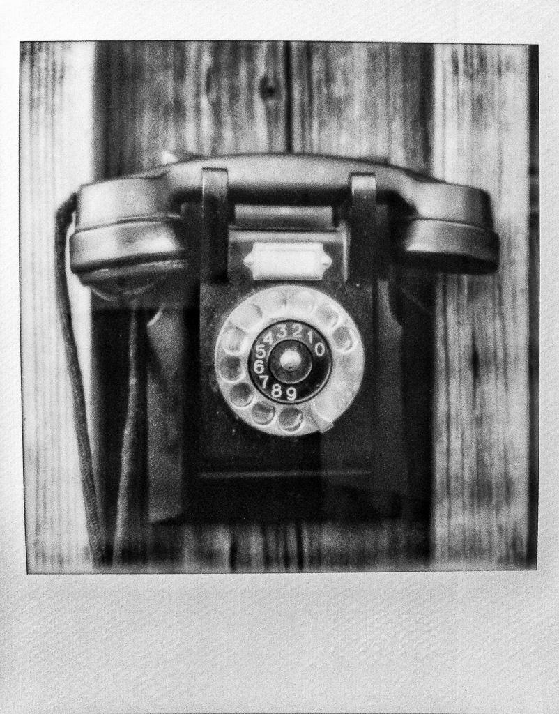 20140706-telefonTIPsilvershade