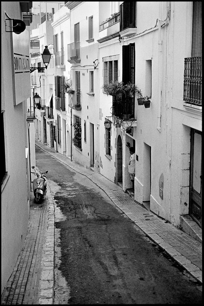 Sitges, Leica M6, TriX 400@1600 Rodinal 1:50