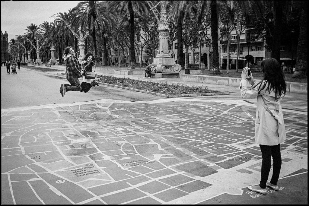 Barcelona street, Leica M6, TriX 400@1600, Rodinal 1:50