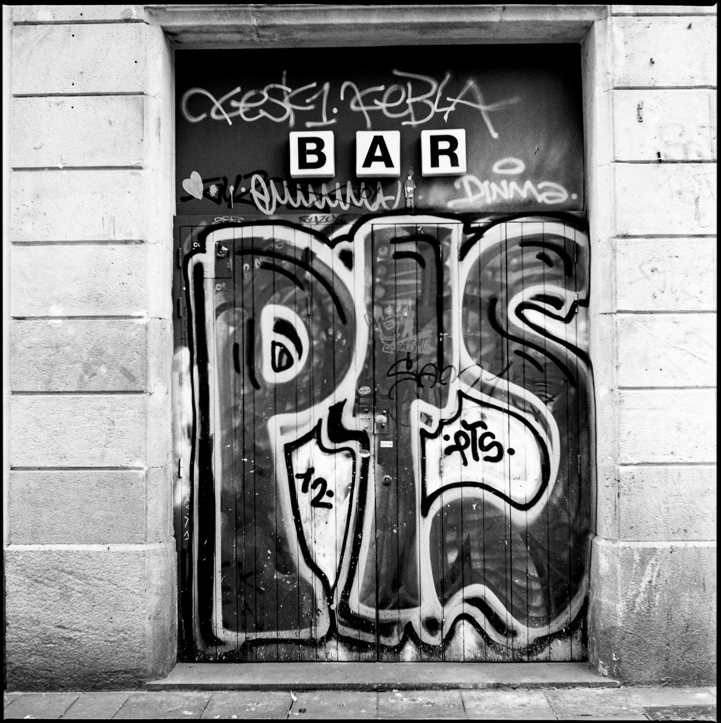 Barcelona, Yashica Mat EM TmaX 100@100